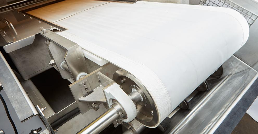 Hydro MicroScreen belt design allows for easy belt replacement.
